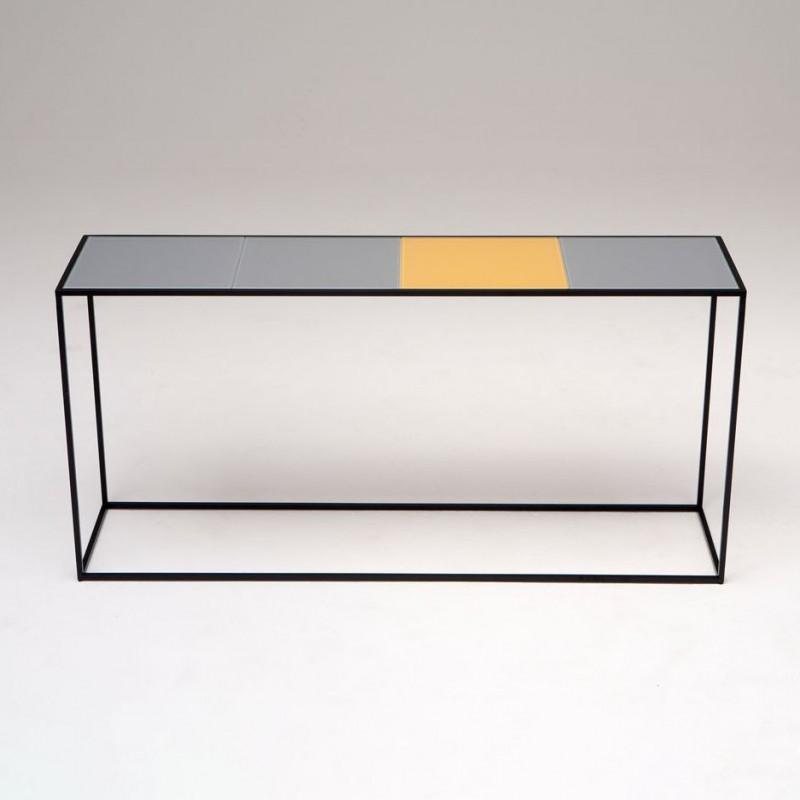 Консоль из коллекции Keys, Phase Design (Америка)
