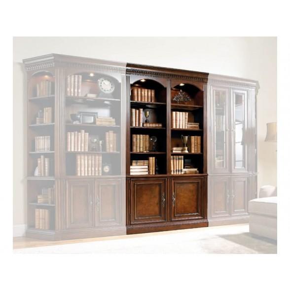 Книжный шкаф из коллекции European Renaissane  II, Hooker Furniture (Америка)